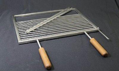 Grillrost Edelstahl exclusiv, Stäbe herausnehmbar, mit 2 wetterfest geölten Holzgriffen